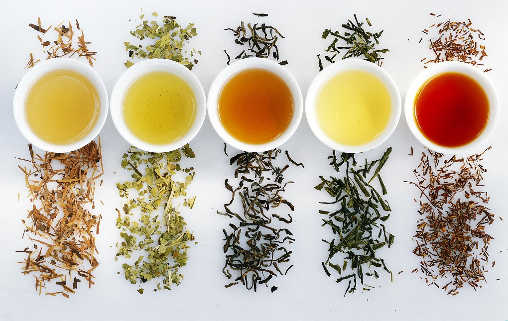 دمنوش کرفس و چای سبز